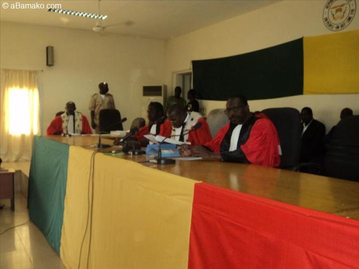 Qu est ce que la constitution du mali dit par rapport la for Haute justice